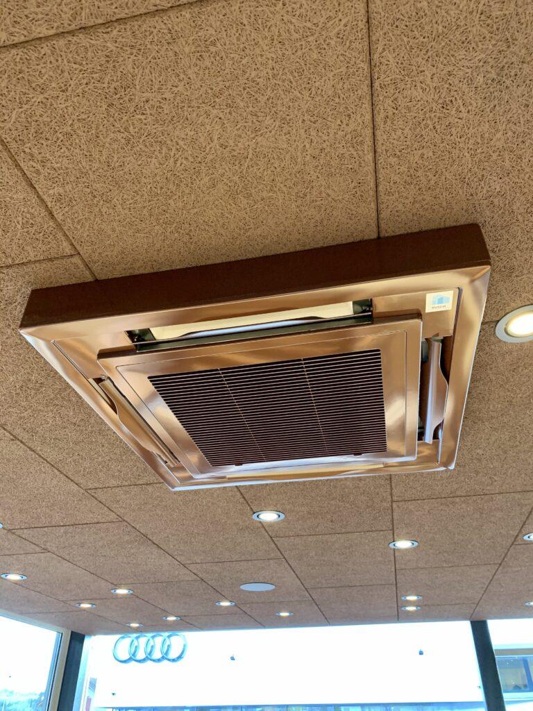 Klimaanlage Innengerät in Hohldecke