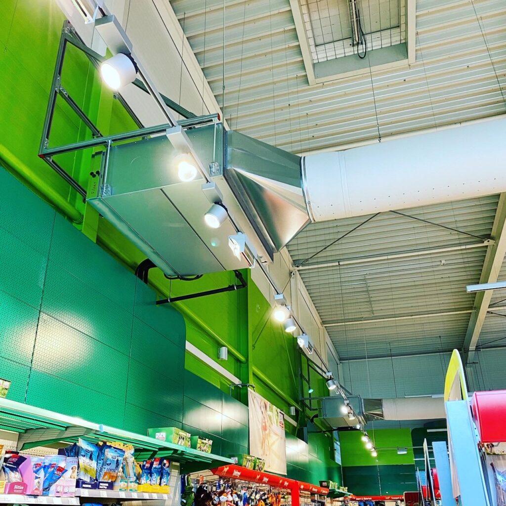 Klimaanlage Innengerät Ausführung Kanalgerät mit Luftverteilung